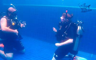 Refresher course for Rescue divers
